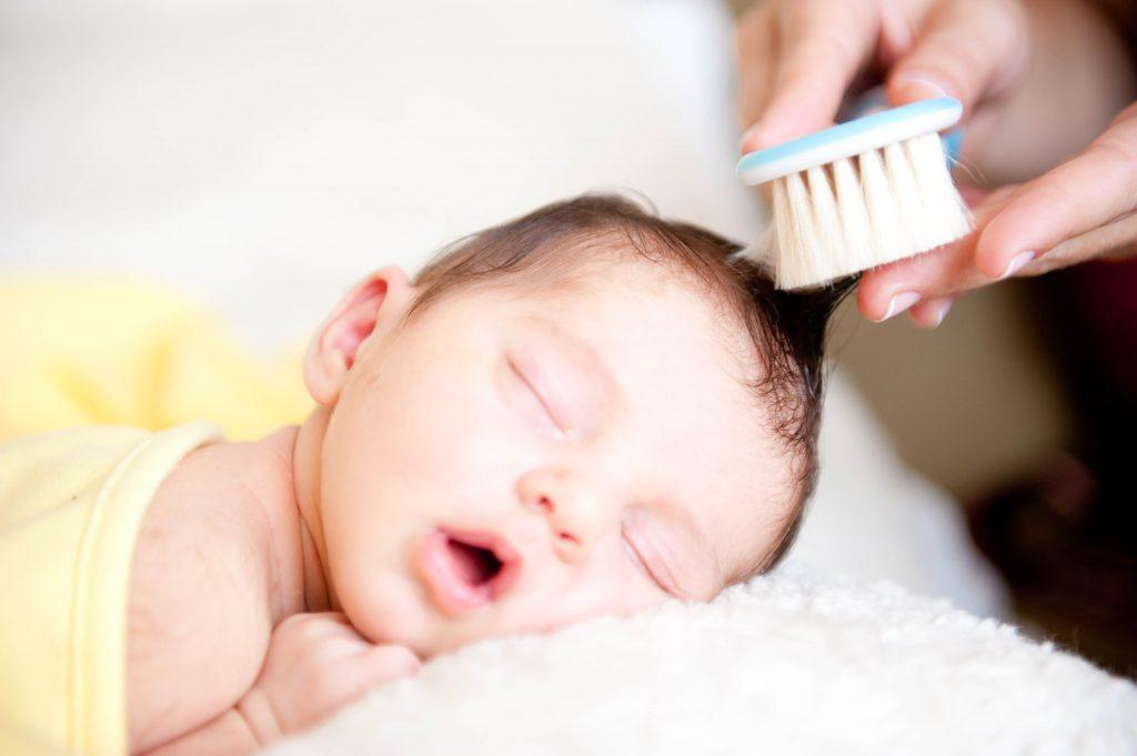 Yenidoğan-Bebek-Bakımı-Nasıl-Yapılır-2