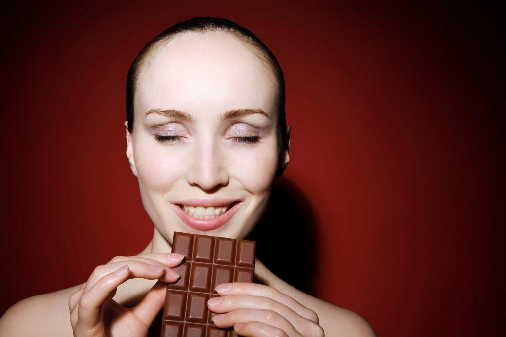 çikolata kadın