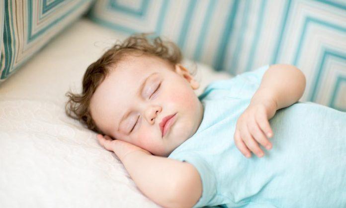 bebeklerde gündüz uykusu